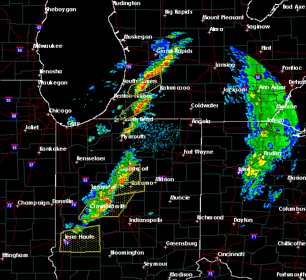 Radar Image for Severe Thunderstorms near Dowagiac, MI at 5/19/2019 5:32 PM EDT