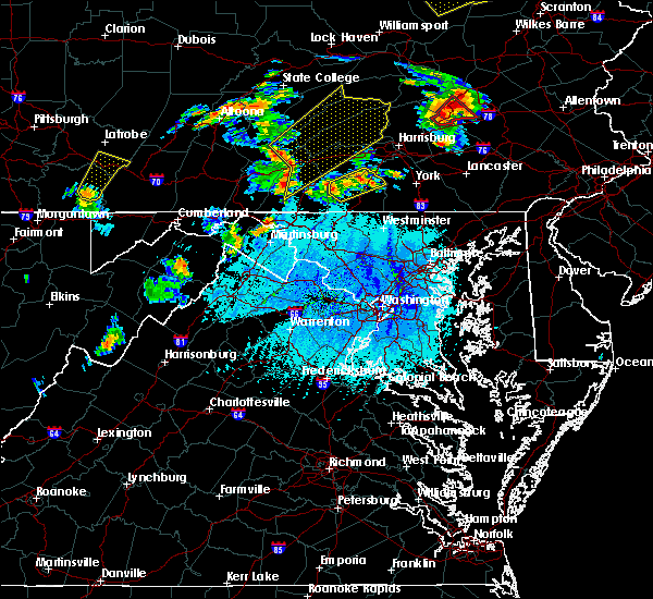 Radar Image for Severe Thunderstorms near Hampton, PA at 5/19/2019 5:47 PM EDT