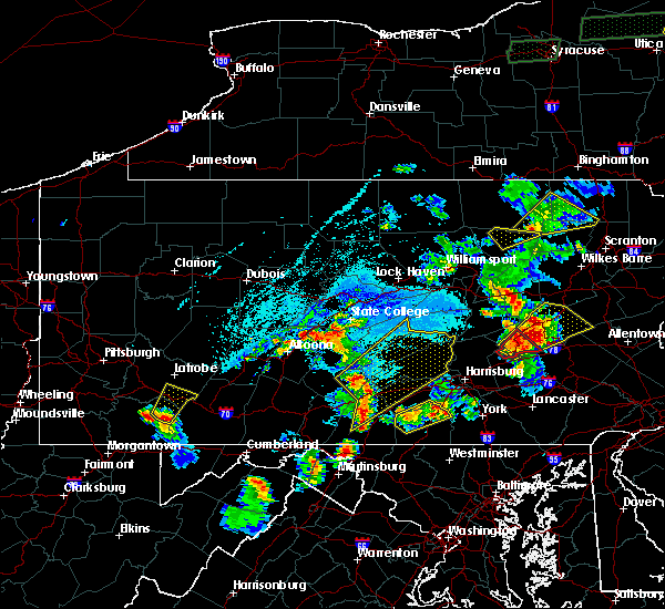 Radar Image for Severe Thunderstorms near Newtown, PA at 5/19/2019 5:58 PM EDT