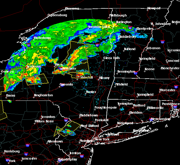 Radar Image for Severe Thunderstorms near Altamont, NY at 6/12/2015 6:47 PM EDT