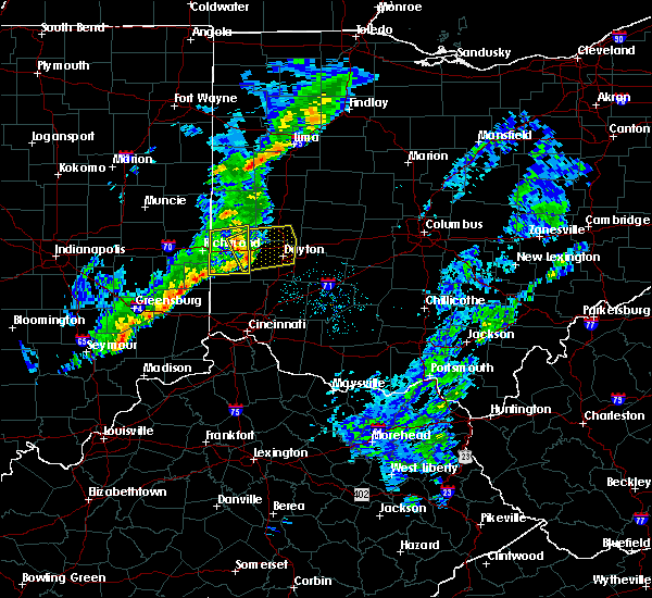 Radar Image for Severe Thunderstorms near New Lebanon, OH at 5/19/2019 8:57 PM EDT