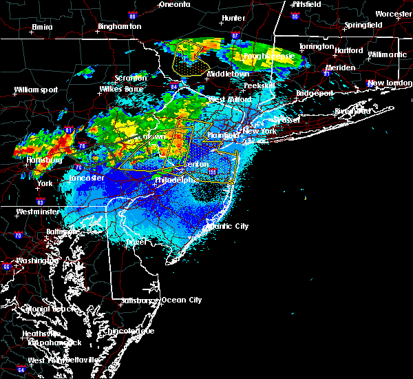 Radar Image for Severe Thunderstorms near Englishtown, NJ at 5/19/2019 10:30 PM EDT