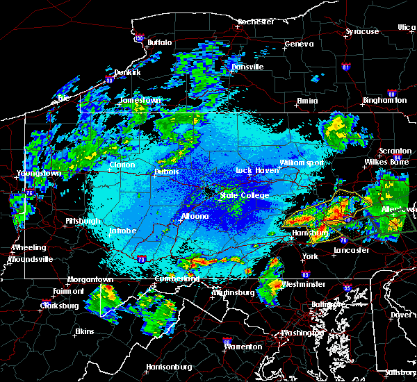 Radar Image for Severe Thunderstorms near Hometown, PA at 5/19/2019 10:36 PM EDT