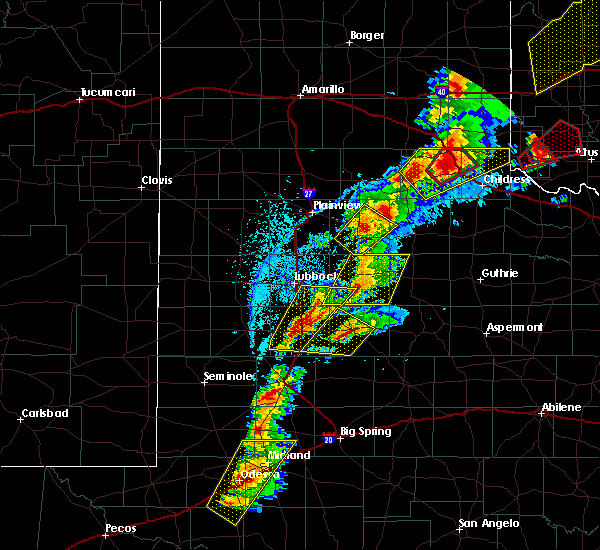 Radar Image for Severe Thunderstorms near Floydada, TX at 5/20/2019 5:01 PM CDT