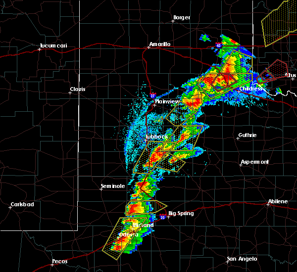 Radar Image for Severe Thunderstorms near Floydada, TX at 5/20/2019 5:10 PM CDT