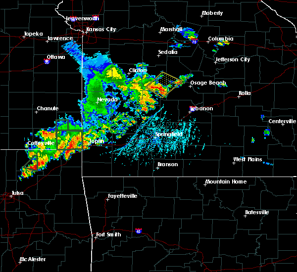 Radar Image for Severe Thunderstorms near Laurie, MO at 6/12/2015 6:15 PM CDT