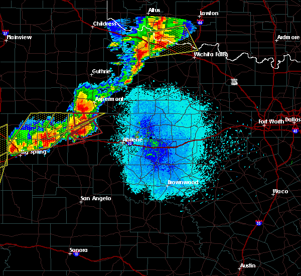 Radar Image for Severe Thunderstorms near Aspermont, TX at 5/20/2019 9:26 PM CDT