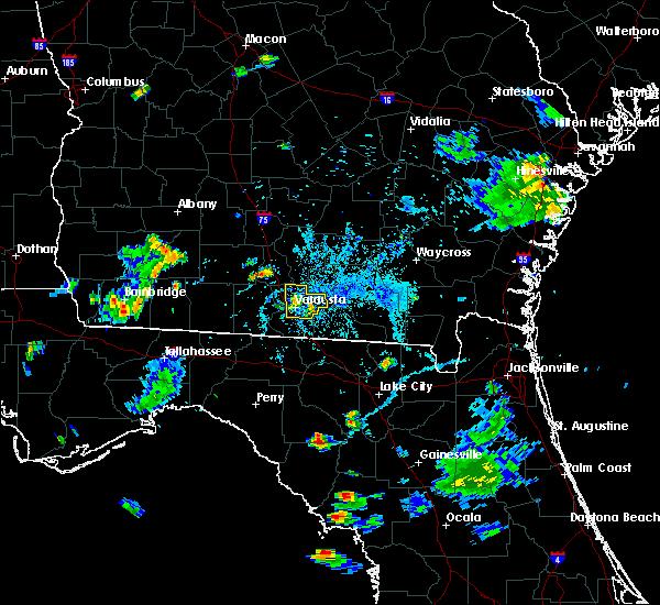 Radar Image for Severe Thunderstorms near Adel, GA at 6/12/2015 7:24 PM EDT