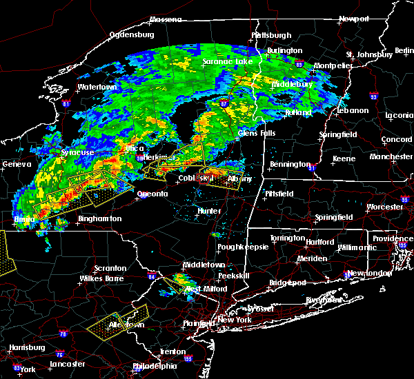 Radar Image for Severe Thunderstorms near Amsterdam, NY at 6/12/2015 7:31 PM EDT