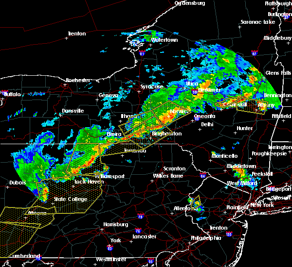Radar Image for Severe Thunderstorms near Wyalusing, PA at 6/12/2015 8:04 PM EDT