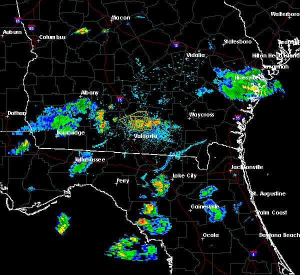Radar Image for Severe Thunderstorms near Nashville, GA at 6/12/2015 8:17 PM EDT