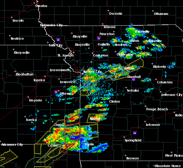 Radar Image for Severe Thunderstorms near Lowry City, MO at 5/22/2019 7:16 PM CDT