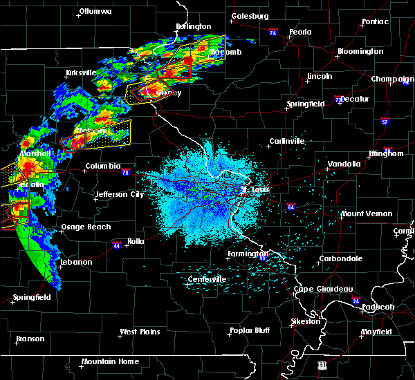 Radar Image for Severe Thunderstorms near Clark, MO at 5/22/2019 8:46 PM CDT