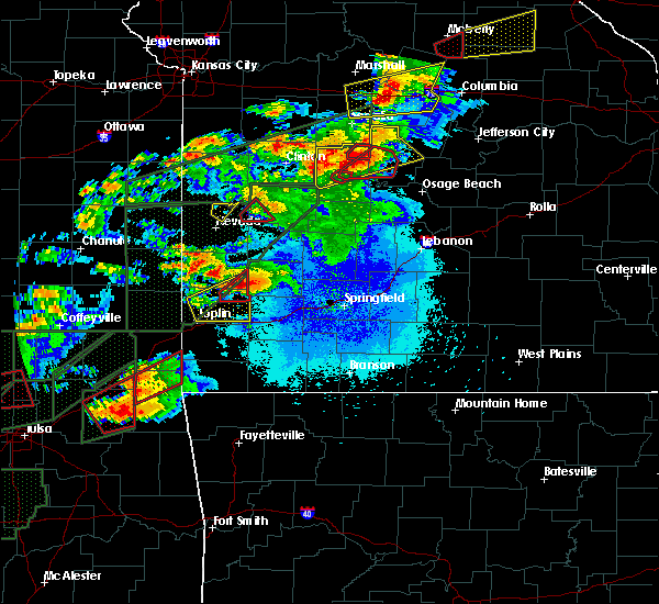 Radar Image for Severe Thunderstorms near Golden City, MO at 5/22/2019 8:57 PM CDT