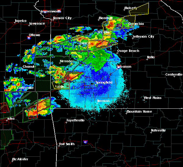 Radar Image for Severe Thunderstorms near Golden City, MO at 5/22/2019 9:04 PM CDT