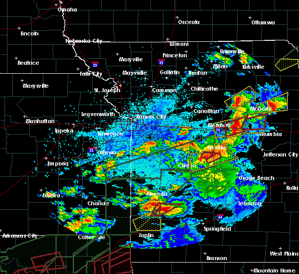 Radar Image for Severe Thunderstorms near Cole Camp, MO at 5/22/2019 9:15 PM CDT