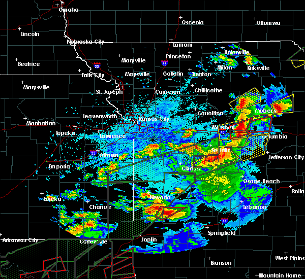Radar Image for Severe Thunderstorms near Cole Camp, MO at 5/22/2019 9:24 PM CDT