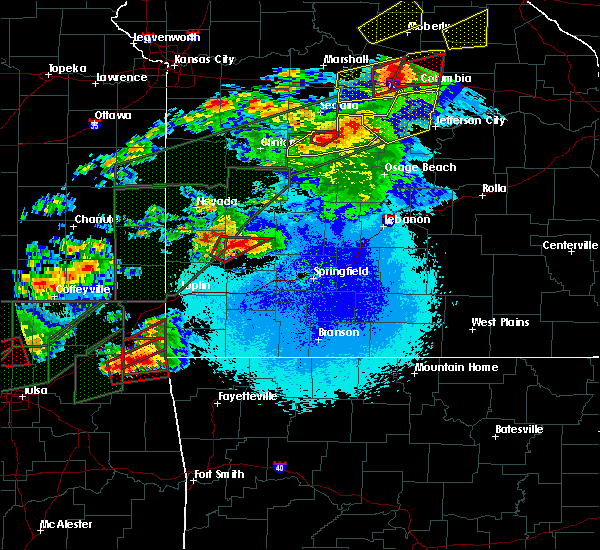 Radar Image for Severe Thunderstorms near Arcola, MO at 5/22/2019 9:28 PM CDT