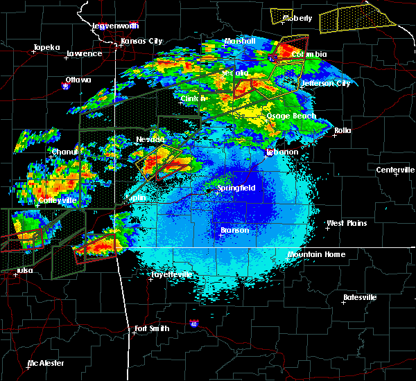 Radar Image for Severe Thunderstorms near Arcola, MO at 5/22/2019 9:40 PM CDT