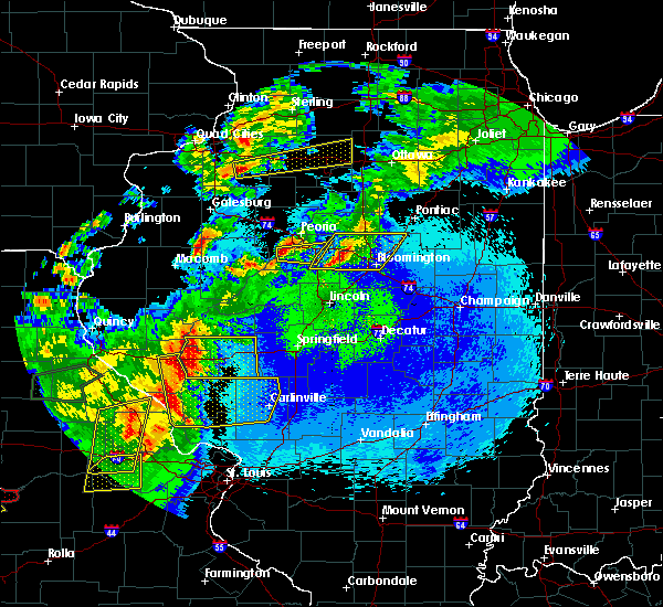 Radar Image for Severe Thunderstorms near Gridley, IL at 5/22/2019 11:40 PM CDT