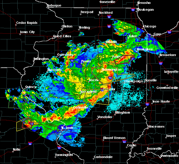 Radar Image for Severe Thunderstorms near Taylorville, IL at 5/23/2019 1:20 AM CDT