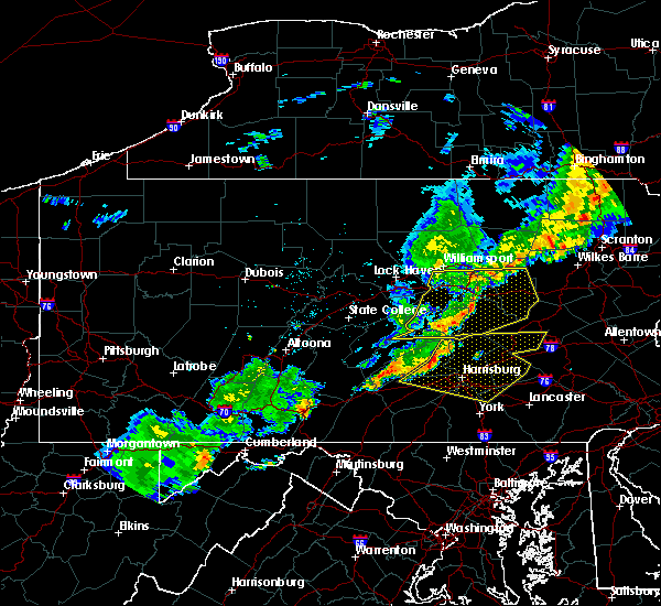 Radar Image for Severe Thunderstorms near Hummels Wharf, PA at 6/12/2015 9:28 PM EDT