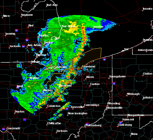 Radar Image for Severe Thunderstorms near Lucas, OH at 5/23/2019 8:07 AM EDT