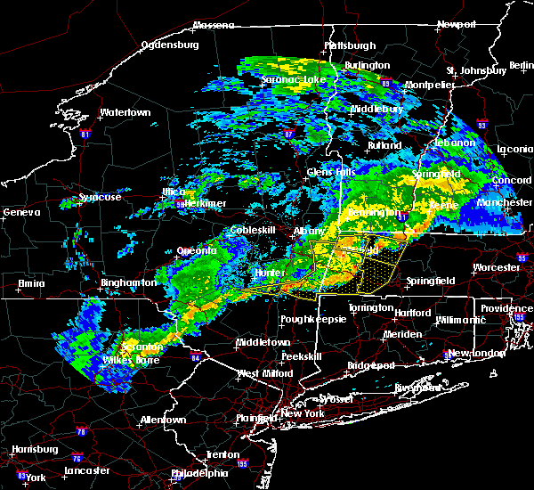 Radar Image for Severe Thunderstorms near Housatonic, MA at 6/12/2015 10:28 PM EDT