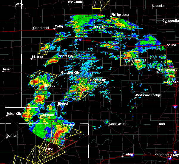 Radar Image for Severe Thunderstorms near Ulysses, KS at 5/23/2019 6:13 PM CDT