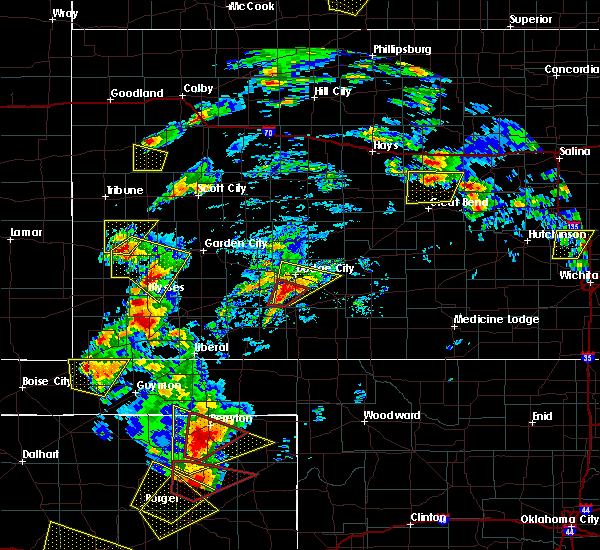 Radar Image for Severe Thunderstorms near Wilroads Gardens, KS at 5/23/2019 6:29 PM CDT