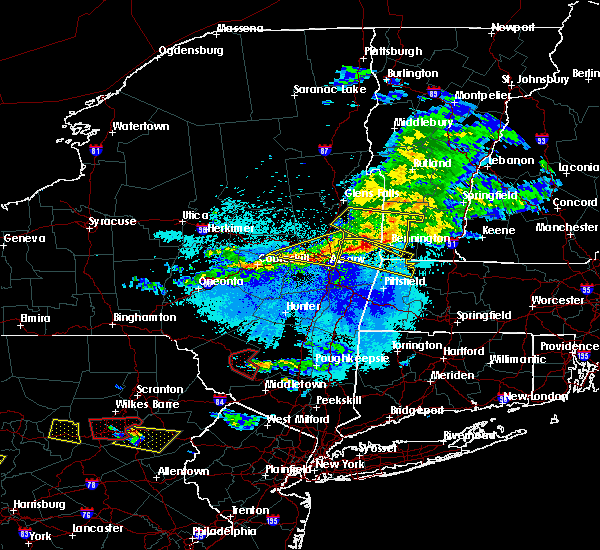 Radar Image for Severe Thunderstorms near Troy, NY at 5/23/2019 9:44 PM EDT