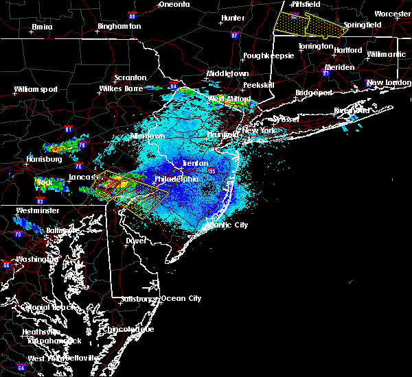 Radar Image for Severe Thunderstorms near Oak Valley, NJ at 5/23/2019 11:25 PM EDT