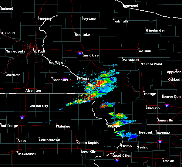 Radar Image for Severe Thunderstorms near Woodman, WI at 5/24/2019 9:03 PM CDT