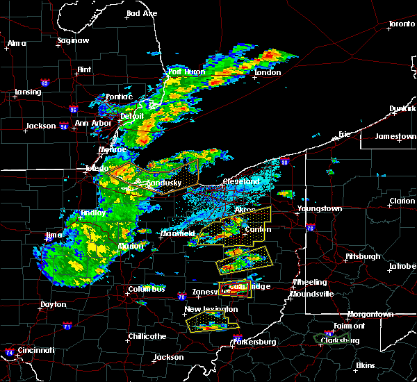 Radar Image for Severe Thunderstorms near Meyers Lake, OH at 5/25/2019 4:38 PM EDT