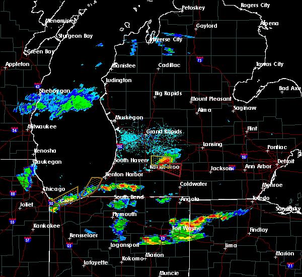 Radar Image for Severe Thunderstorms near Level Park-Oak Park, MI at 6/13/2015 7:25 PM EDT
