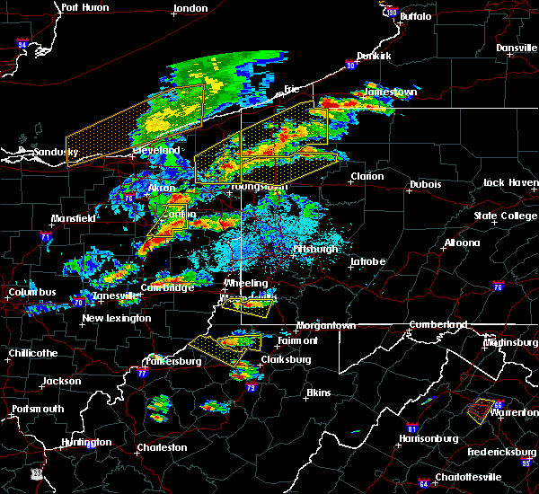 Radar Image for Severe Thunderstorms near Uhrichsville, OH at 5/25/2019 6:27 PM EDT
