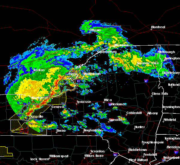 Radar Image for Severe Thunderstorms near Savannah, NY at 5/25/2019 8:00 PM EDT