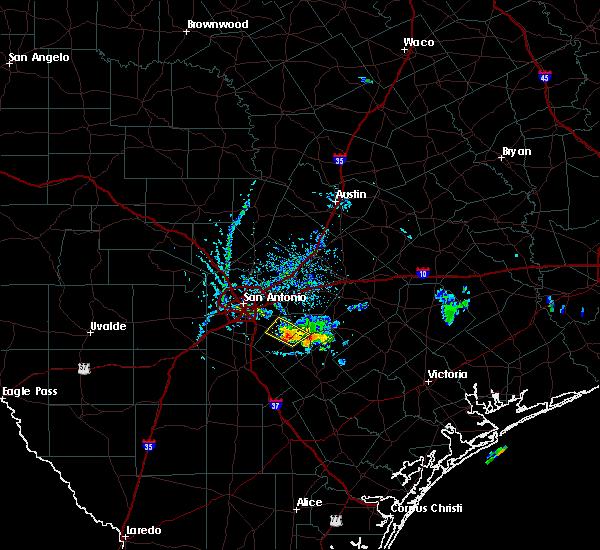Radar Image for Severe Thunderstorms near Elmendorf, TX at 6/13/2015 6:51 PM CDT