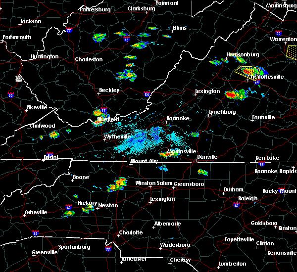 Radar Image for Severe Thunderstorms near Chatmoss, VA at 5/25/2019 8:12 PM EDT