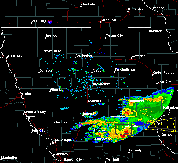 Radar Image for Severe Thunderstorms near Bloomfield, IA at 5/25/2019 8:48 PM CDT