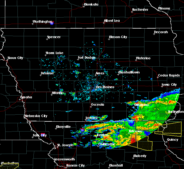 Radar Image for Severe Thunderstorms near Bloomfield, IA at 5/25/2019 9:03 PM CDT