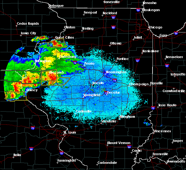 Radar Image for Severe Thunderstorms near Ipava, IL at 5/25/2019 10:15 PM CDT