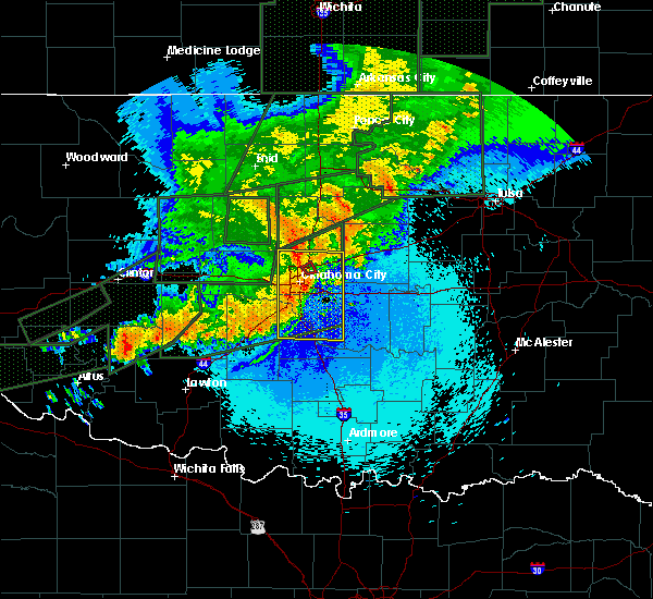 Radar Image for Severe Thunderstorms near Oklahoma City, OK at 5/25/2019 11:04 PM CDT