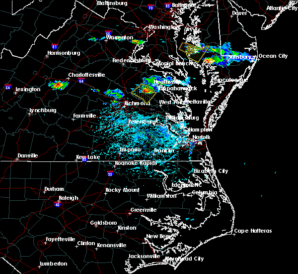 Radar Image for Severe Thunderstorms near Central Garage, VA at 5/26/2019 5:01 PM EDT