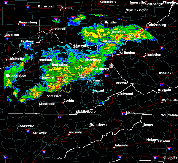 Radar Image for Severe Thunderstorms near Richmond, KY at 5/26/2019 6:21 PM EDT