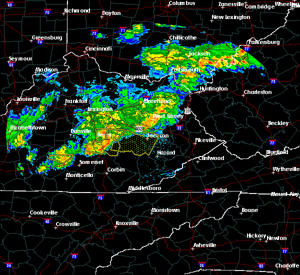 Radar Image for Severe Thunderstorms near McKee, KY at 5/26/2019 6:23 PM EDT