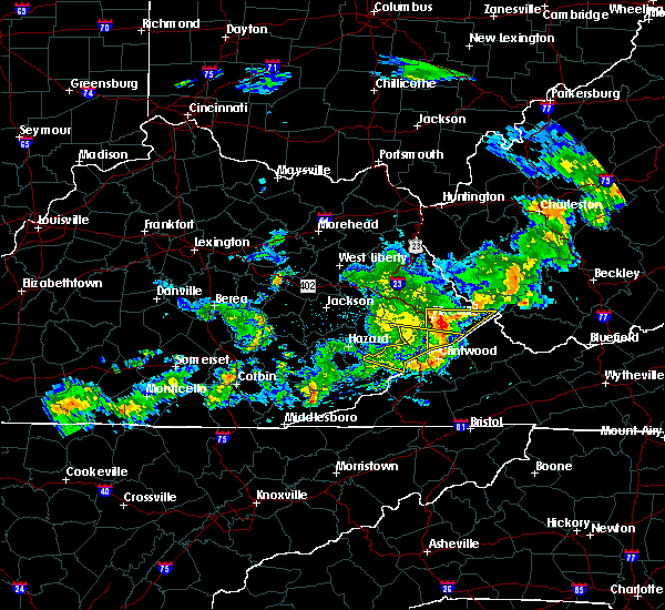 Radar Image for Severe Thunderstorms near Pikeville, KY at 5/26/2019 8:16 PM EDT