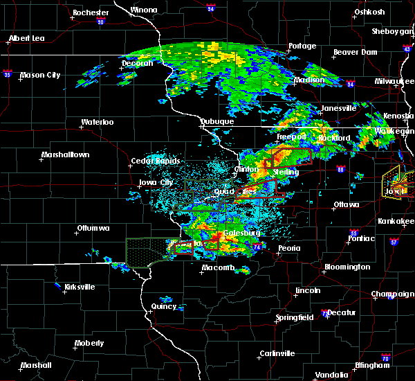 Radar Image for Severe Thunderstorms near Rock Falls, IL at 5/27/2019 2:47 PM CDT