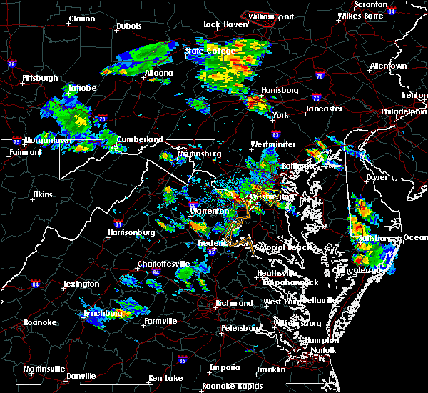 Radar Image for Severe Thunderstorms near College Park, MD at 6/14/2015 5:27 PM EDT