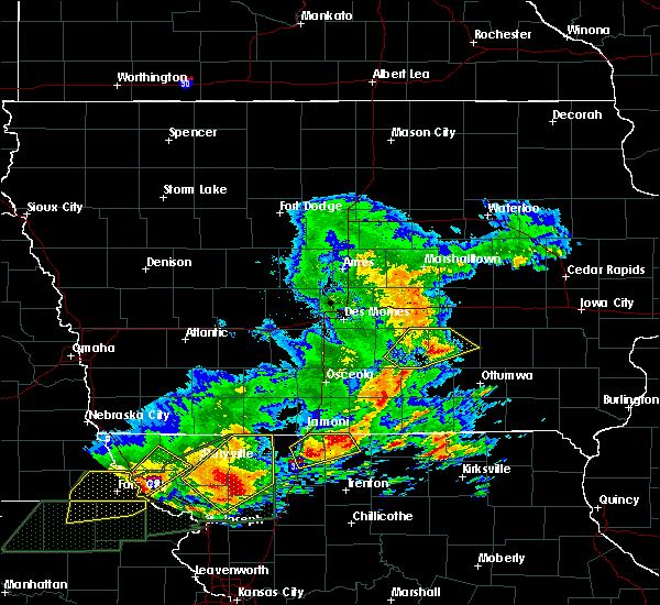 Radar Image for Severe Thunderstorms near New Sharon, IA at 5/28/2019 3:50 PM CDT
